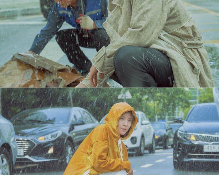 """Pertemuan Romantis Ha Ji Won Dan Yoon Kye Sang Di Tengah Hujan Dalam Drama """"Chocolate"""""""