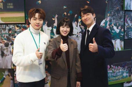 Karakter Unik Para Pekerja Tim Manajemen Dalam Drama Stove League