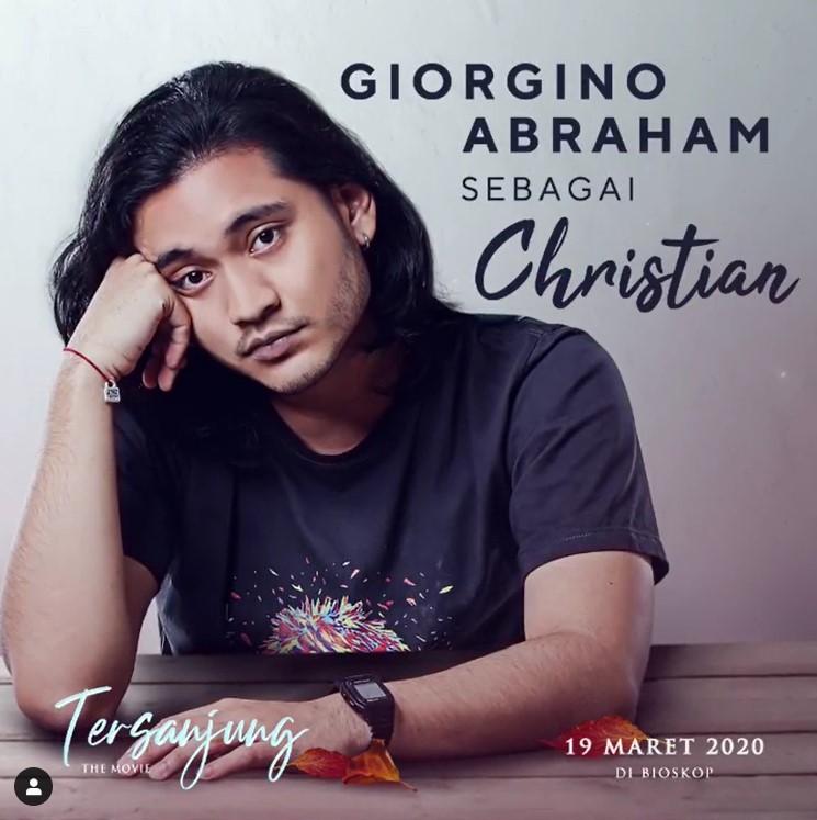 Giorgino Abraham sebagai Christian